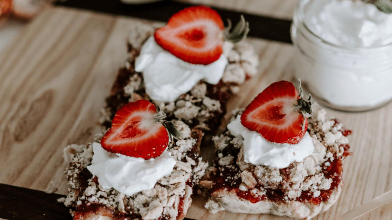 Breakfast Bars - Strawberry